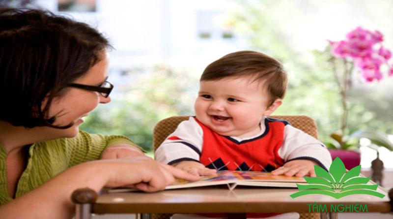 trẻ em học tiếng anh theo giai đoạn